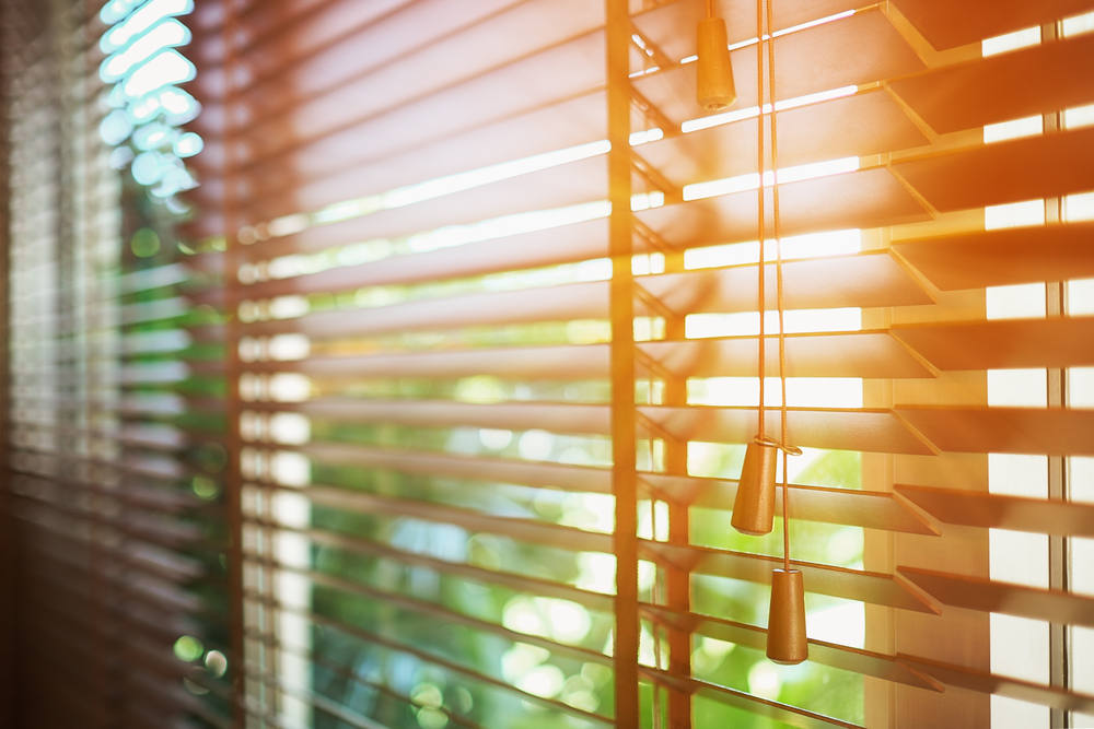 Wooden,Blinds,With,Sun,Rays